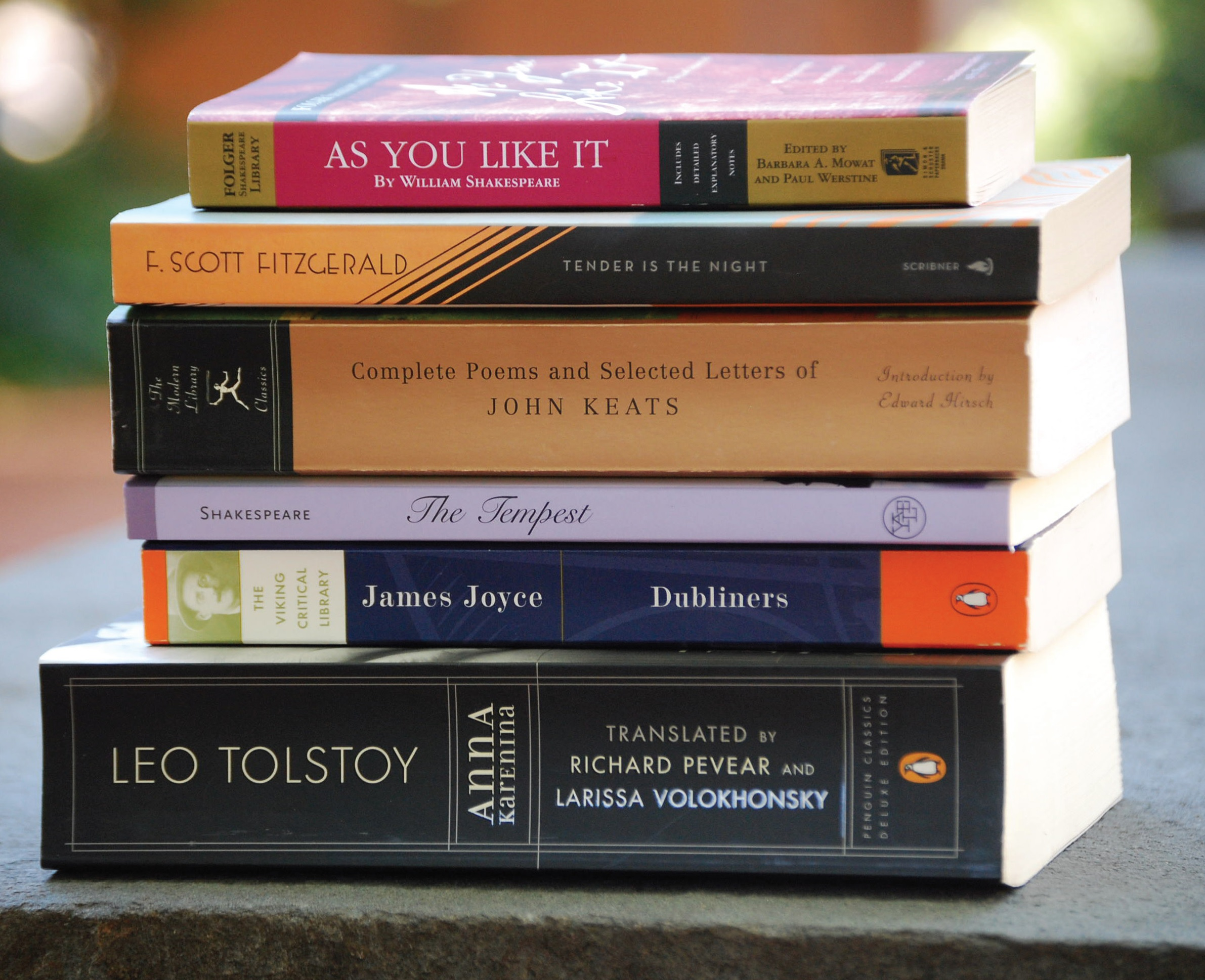 The following authors will be coming to Piraeus this year...